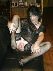 Picture gallery of crossdressing sissy boy sluts Crossdressers Haven